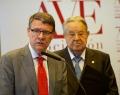Almuerzo de trabajo de AVE con Jordi Sevilla, asesor económico del PSOE
