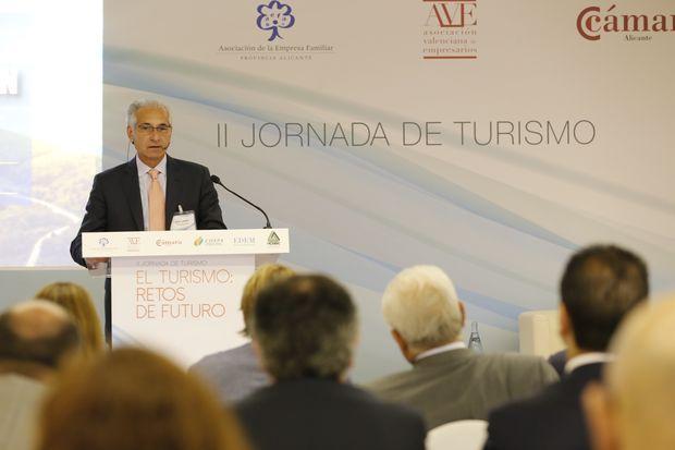 José Arias, Travel Loop